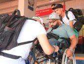 صور.. الإعاقة لم تمنعه من الزحف إلى مصر لمؤازرة الجزائر فى نهائى الكان