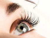 12 طريقة لإخراج الرموش العالقة فى العين دون إحداث ضرر بها