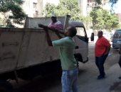صور.. رئيس حى المنتزة بالإسكندرية يقود حملة لمواجهة ظاهرة البناء المخالف