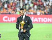 الكاميرونى صامويل إيتو يغادر القاهرة عقب حضور نهائى بطولة الأمم الأفريقية