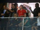 شاهد .. احتفال فرانك ريبيري مع لاعبي الجزائر في غرف الملابس