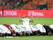 """""""الخضر يتربعون على عرش أفريقيا"""".. صحف الجزائر تحتفل بكأس الأمم 2019"""