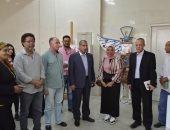 صور.. رئيس جامعة الأقصر يتفقد مشروعات التخرج بكلية الفنون الجميلة