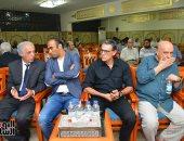صور.. الخطيب ومبروك وقنديل فى عزاء شقيقة سمير عدلي