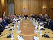 """""""العصار"""" يبحث مع سفير بيلاروسيا تعزيز التعاون المشترك فى مجال التصنيع"""