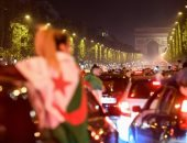 صحيفة إسبانية: اعتقال 198 شخصًا بسبب شغب جماهير الجزائر فى فرنسا