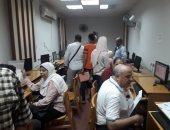 صور.. توافد طلاب المرحلة الأولى على مكاتب التنسيق بجامعة أسيوط لتسجيل الرغبات