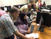صور.. إقبال طلاب الثانوية على معامل التنسيق بكلية الهندسة جامعة القاهرة