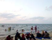 """صور.. """"الرواق"""" شاطئ الهدوء على ساحل مدينة بئر العبد بسيناء"""
