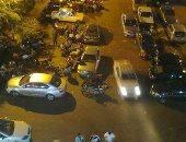 صور.. الباعة الجائلين والمقاهى تحتل ميدان العارف بالله فى سوهاج