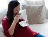 نزيف اللثة واحتقان الانف أعراض غير شائعة للحمل