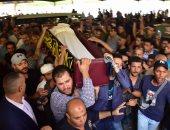 تشييع جثمان الفنان فاروق الفيشاوي من مسجد مصطفى محمود بالمهندسين بعد قليل