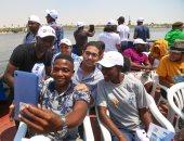 طلاب البرنامج الرئاسى للشباب الأفريقى فى جولة باليخوت بقناة السويس
