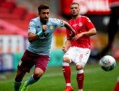 تريزيجيه يصنع أول أهدافه مع أستون فيلا.. فيديو