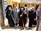 بطريرك الكاثوليك يزور ثلاثة كنائس فى المنيا ويستقبل سفير الفاتيكان
