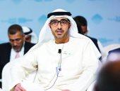 الإمارات تمنح الذكور المقيمين برفقة ذويهم تصاريح عمل لتعزيز استقرار الأسر