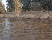 ماسورة صرف صحى تغرق طريق الواحات.. صورة