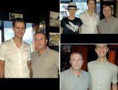 الأسد وعائلته بأحد المطاعم فى دمشق