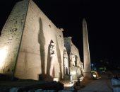 صور.. معبد الأقصر يعلن انتهاء ترميم تمثال الملك رمسيس الثانى