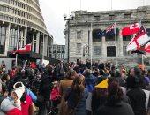 احتجاج فى نيوزيلندا على إبعاد أطفال السكان الأصليين عن ذويهم