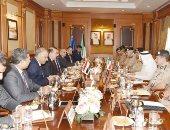 وزير داخلية الكويت يبحث مع نظيره العراقى مكافحة الإرهاب والجريمة المنظمة
