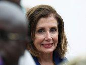 صور.. رئيسة مجلس النواب الأمريكى تبدأ زيارة إلى غانا