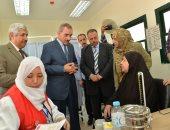 صور.. محافظ أسيوط: 158 ألف سيدة ترددن خلال شهر على حملة دعم صحة المرأة