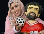 ميسى ومحمد صلاح.. دينا تحول الكيك لشخصيات مشهورة