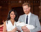 ده بيتلكك ده ولا إيه.. والد أكبر عائلة بريطانية يهاجم الأمير هارى.. اعرف السبب