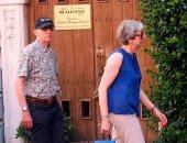 """وداعًا لعناء السياسة.. تيريزا ماى تقضى عطلتها فى بحيرة جاردا بإيطاليا """"صور"""""""