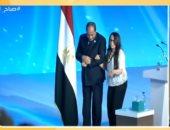 """والدة هديل ماجد: """"الرئيس السيسى حقق أمنية بنتى وبكيت لما سمع صوتها"""""""