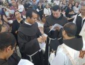 الكنيسة الكاثوليكية تحتفل بانضمام أربعة رهبان جدد للفرنسيسكان