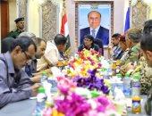 وزير الداخلية اليمنى يشدد على تعقب العناصر الإرهابية وإحالتها للمحاكمة