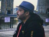 """""""ملك الكوميديا"""".. هنيدى ينشر صورة له بقبعة فى أحدث ظهور له"""