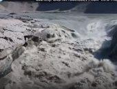 """شاهد.. ذوبان 10 مليارات طن من الجليد فى جزيرة """"جرينلاند"""" × يوم واحد"""