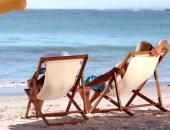 لو مسافر الساحل.. اعرف فوائد الجلوس على شاطئ البحر