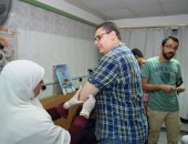 فيديو وصور .. إنطلاق حملة تطعيم الأطباء الجدد بمستشفى سوهاج الجامعى