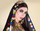 دنيا بطمة تخلع القفطان المغربى وتتزين بالعباءة العربية