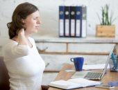 لو شغلك ورا المكتب طول اليوم..نصائح للمرونة والتخلص من آلام العضلات