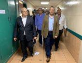 رئيس جامعة القاهرة يتفقد موقع انفجار معهد الأورام .. وهذه قراراته