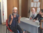 فنان تشكيلى يقدم اوراق ترشحه فى الانتخابات الرئاسية فى تونس