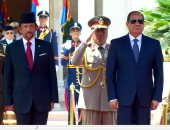 """فيديو استقبال الرئيس السيسي للسلطان حسن بلقيه سلطان بروناى بـ""""الاتحادية"""""""
