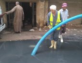 استجابة لصحافة المواطن.. شفط مياه الصرف من شارع توفيق فهمى بالطالبية