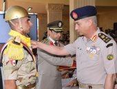 وزير الدفاع يشهد الإحتفال بتخريج دفعات جديدة من المعاهد الصحية