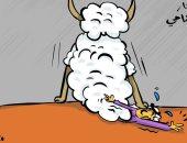 كاريكاتير الصحف الكويتية..خروف العيد يجلس على مواطن بعد إعلان أسعار الأضاحى