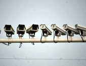 كاميرات مراقبة بمحيط تحويلات مرورية فى طريق السويس بعد غلقه منعا للزحام