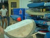 شاهد.. صيادون فى الهند يحولون الشباك القديمة إلى ألواح تزلج صديقة للبيئة
