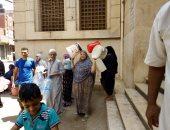 أهالى قرية ميت مزاح فى المنصورة يشكون انقطاع المياه