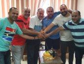 نادى مصر للبترول يكرم طارق محروس على إنجاز برونزية مونديال شباب اليد