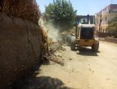 صور.. إزالة التعديات على 5381 متر من أراضى الدولة بسوهاج